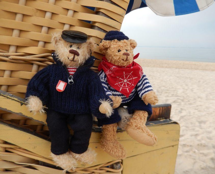 Tebbybären an der Ostsee