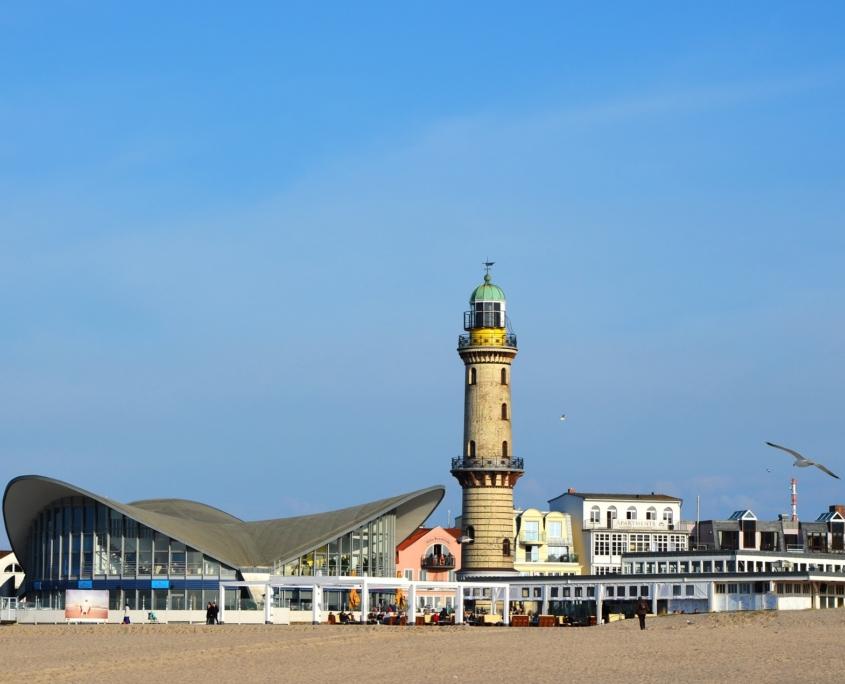 Teepott & Leuchtturm: Wahrzeichen von Rostock-Warnemünde